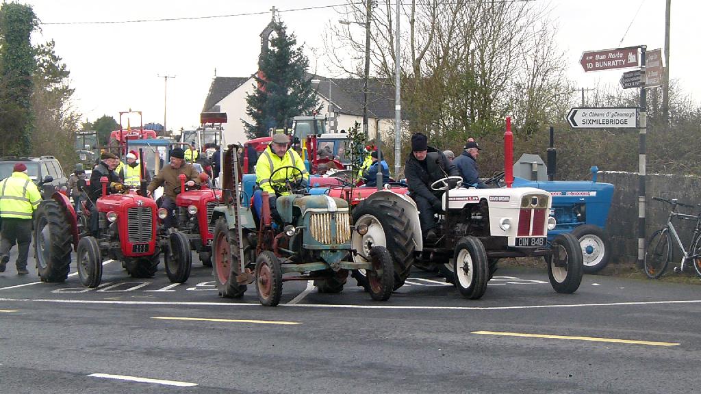 tractor_bog_run_2011_47